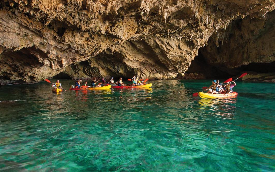 Cuevas marinas del litoral de Xàbia
